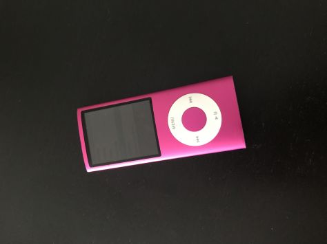 iPod nano de color rosa 8Gb (4ª Generación)