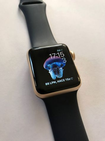APPLE WATCH SERIES 2 DORADO/AZUL