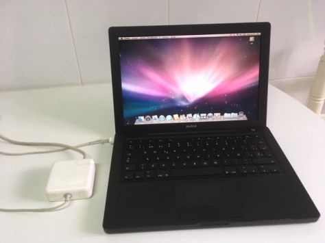 MacBook Core 2 Duo negro