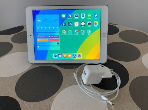 iPad Air 2 Wifi 64Gb Plata + Smart Cover y funda trasera